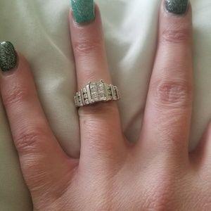 Jewelry - 1 ct diamond wedding ring